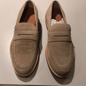 Lands End mens suede penny loafers size 8